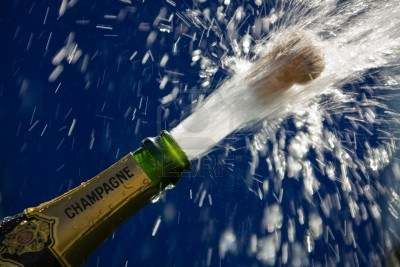bouchons-popping-ouvrir-une-bouteille-de-champagne