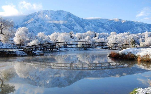 pont-montagne-hiver-givre